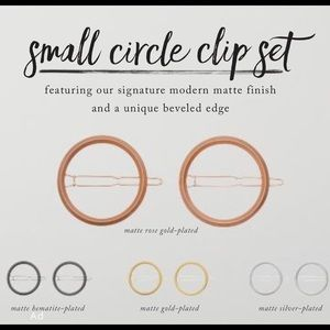 Chloe + Isabel Accessories - Small Circle Hair Clips